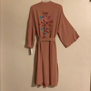 New Floral embroidery kimono